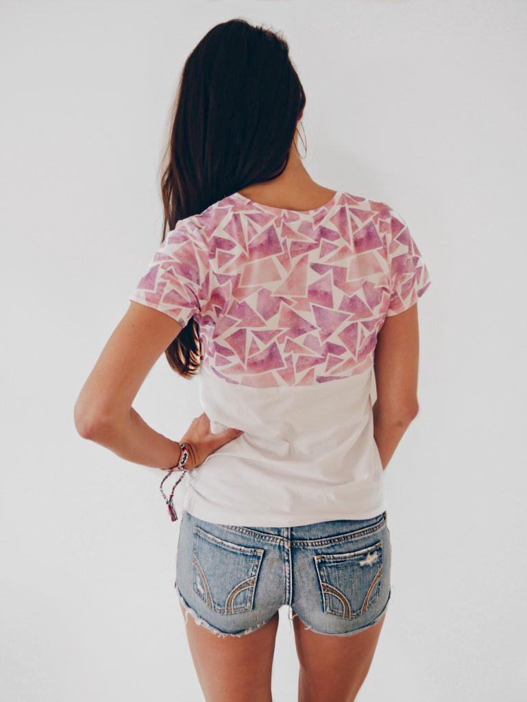 T-Shirt nähen? So einfach gehts! Alle Infos zum Schnitt und Stoff findest du hier! by La Bavarese