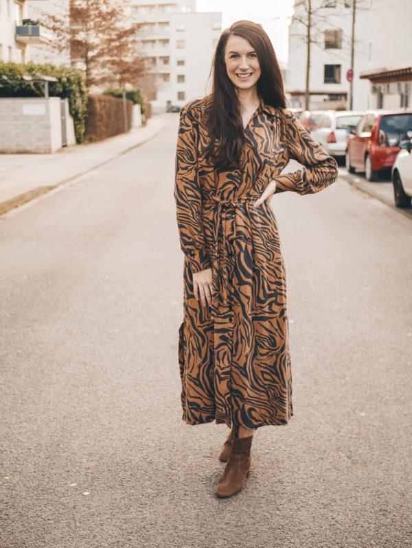 Schnittmuster Hemdblusenkleid Olivia La Bavarese